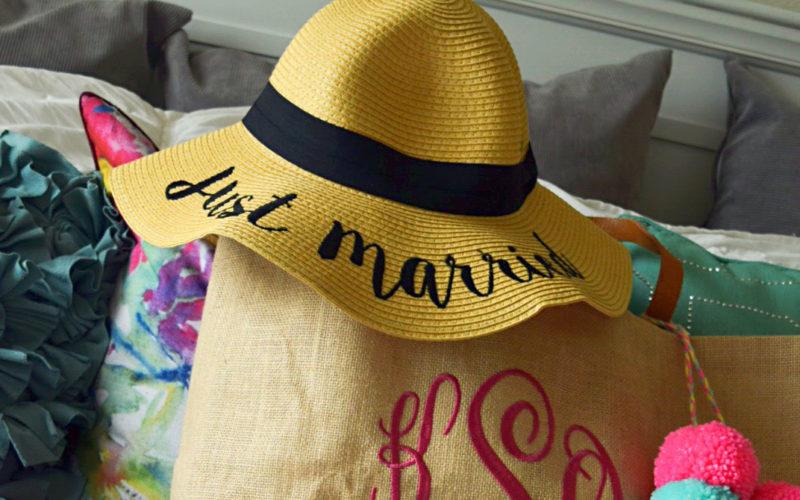 Creative Wedding Gift Idea: Honeymoon Bag